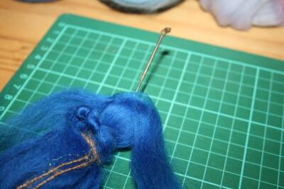 Mobile in lana cardata per la culla del neonato 17