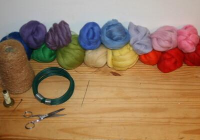 Mobile in lana cardata per la culla del neonato 3