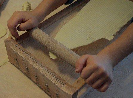 Attività di vita pratica Montessori - cucinare 23