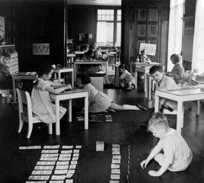 Il gioco della banca per l'addizione (senza riporto) Montessori 1