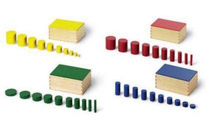 cilindri colorati Montessori