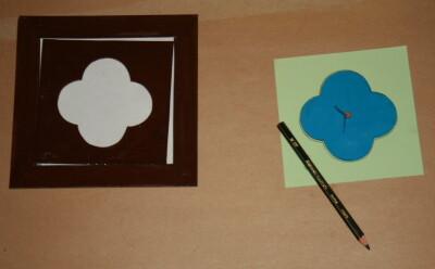 Prescrittura Montessori - come si usano gli incastri metallici 11