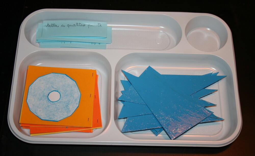 Triangoli blu Montessori 5