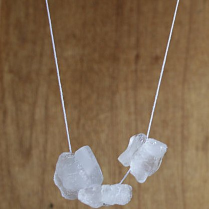 Science experiments for children - Ice cube necklace