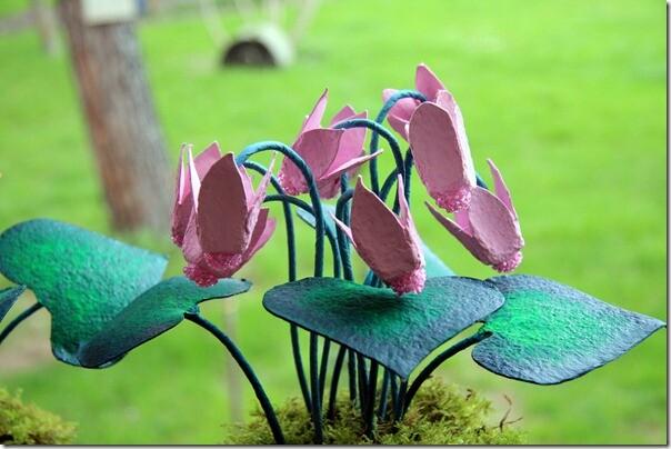 Лучшие мастерклассы по цветам и деревьям из бисера в сети