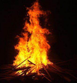 Poesie e filastrocche sul fuoco