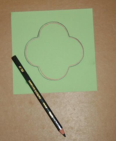 Prescrittura Montessori - come si usano gli incastri metallici 12