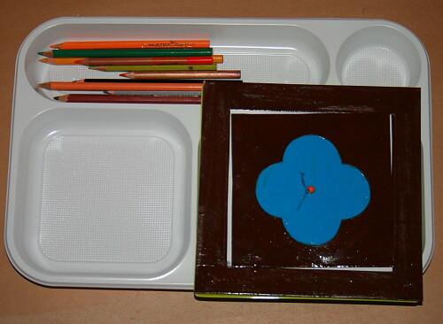 Prescrittura Montessori - come si usano gli incastri metallici 6