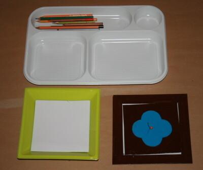 Prescrittura Montessori - come si usano gli incastri metallici 7
