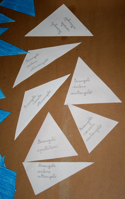 il gioco dei triangoli (indovina l'aggettivo) Montessori 3