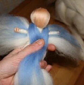 Angelo colorato in lana cardata 19