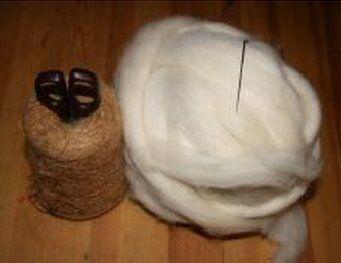 Angelo di lana cardata bianco - versione semplice 2