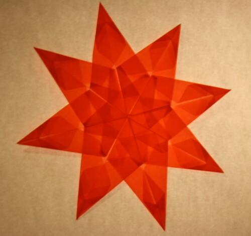 LAVORETTI PER NATALE – stella di carta trasparente – modello 4