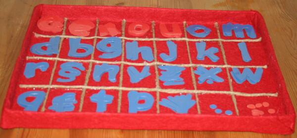 Montessori movable alphabet - free download