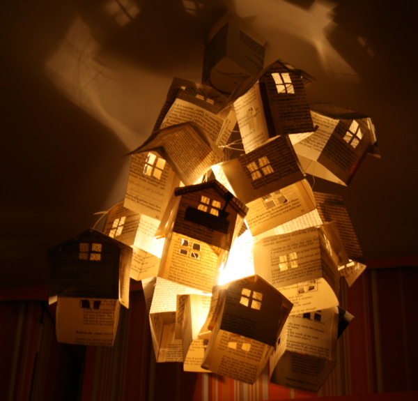 Mobiles or lamp made of paper houses tutorial