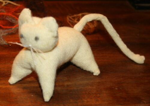 Tutorial gattino e leone realizzati con pezzetti di maglia