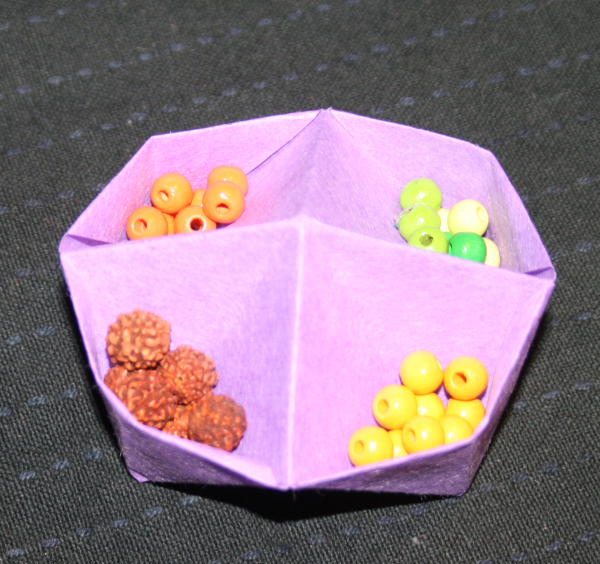 Origami box with four compartments tutorial