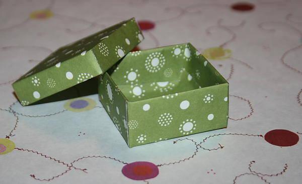 Lavoretti per bambini – una piccola scatolina con coperchio
