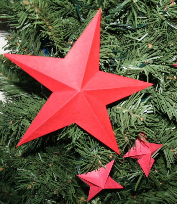 Addobbi natalizi fai da te stella di carta a cinque for Stelle di carta tridimensionali