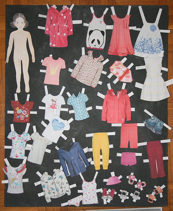 bambola di carta