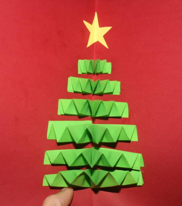 Lettera Di Auguri Di Natale In Inglese.Biglietto Natalizio Pop Up Con Albero Di Natale Lapappadolce