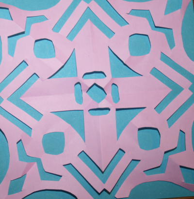 paper cutting Montessori 30