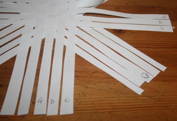 stella di strisce di carta 10