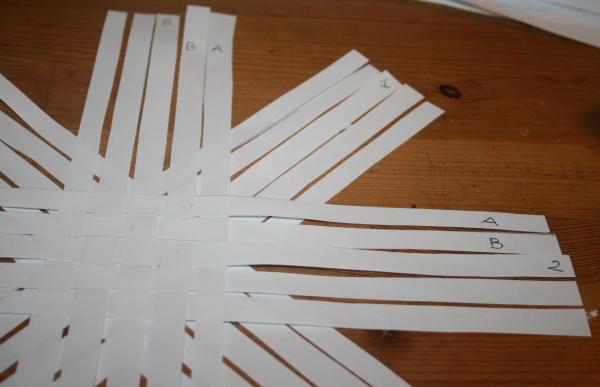 stella di strisce di carta 7