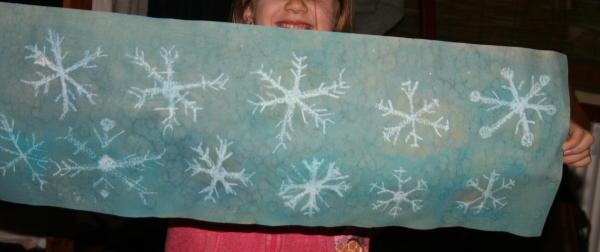 Carta regalo fai da te con fiocchi di neve