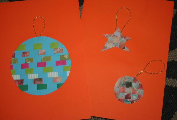 Decorazioni natalizie di carta tessuta