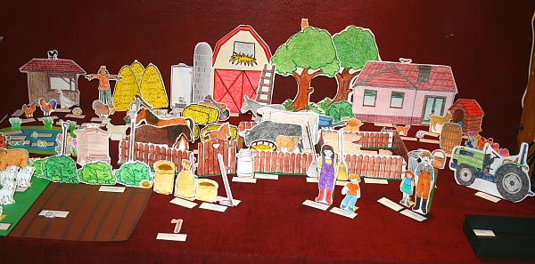Gioco della fattoria Montessori