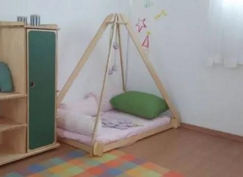 lettino Montessori 36